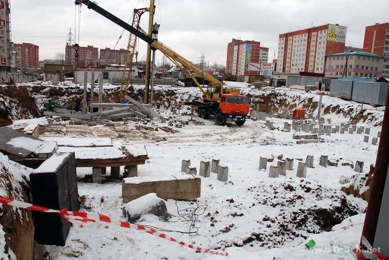 Вилюйская, 17 IV кв. 2013