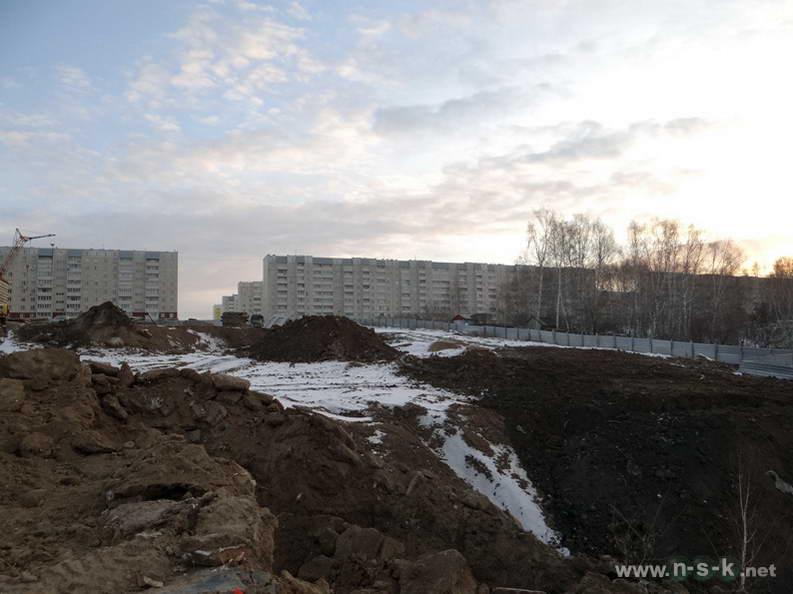 Высоцкого, 53 IV кв. 2013