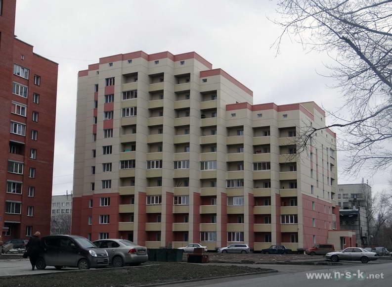 Титова, 200 IV кв. 2013