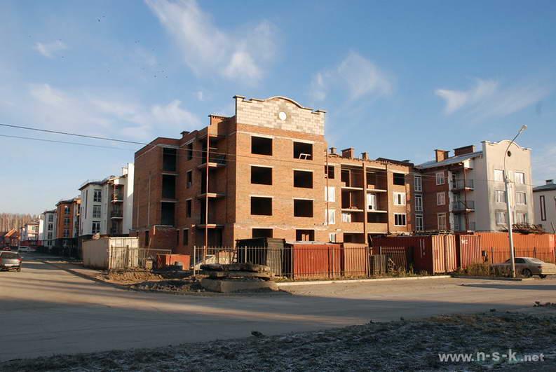 Краснообск, 6-й микрорайон, 3/3 IV кв. 2013