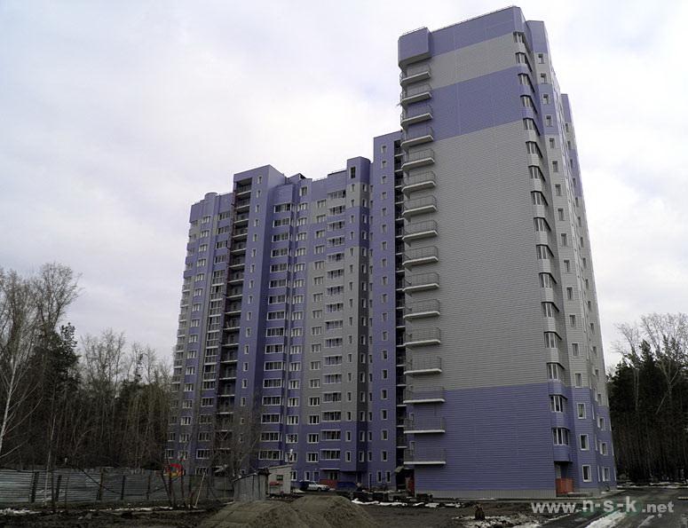 Иванова, рядом с д.35 IV кв. 2014