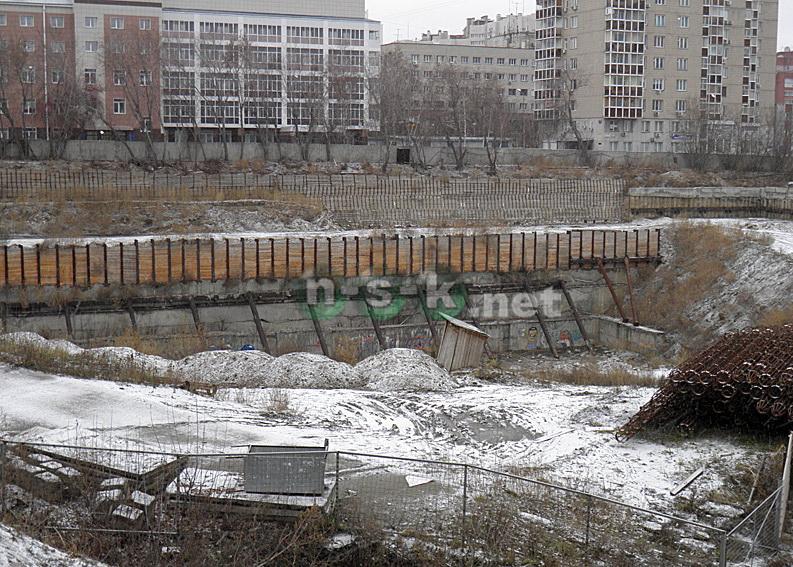 Коммунистическая, 62 стр (Октябрьская магистраль-Коммунистическая) 4 кв. 2015
