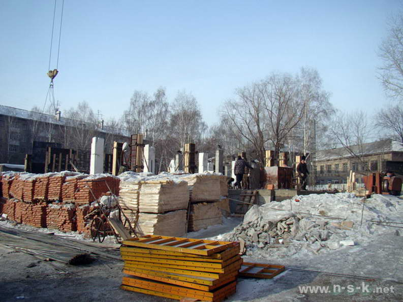 Баумана, 3/1 (Маяковского, 77) I кв. 2012