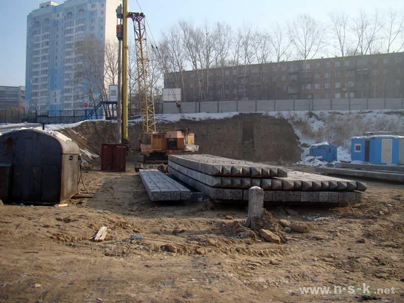 Есенина, 12/1 I кв. 2012