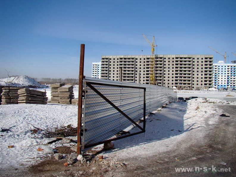 Гребенщикова, 6 (Свечникова, 1 стр) I кв. 2012