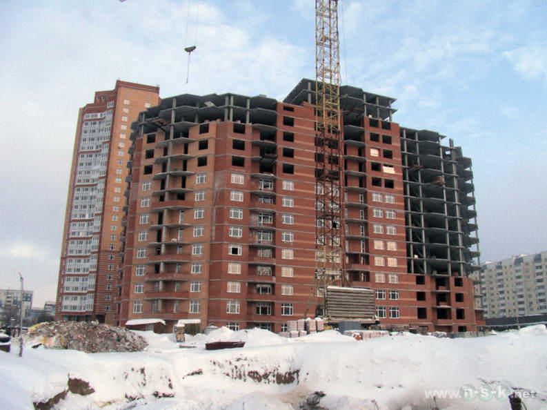 Высоцкого, 49 I кв. 2013