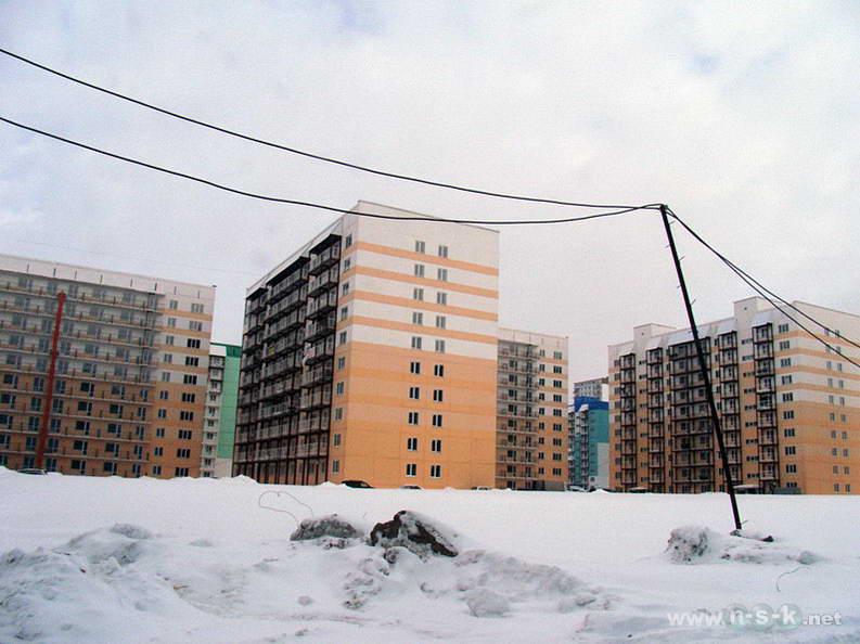 Татьяны Снежиной, 25/2 (Высоцкого, 53 стр) I кв. 2013