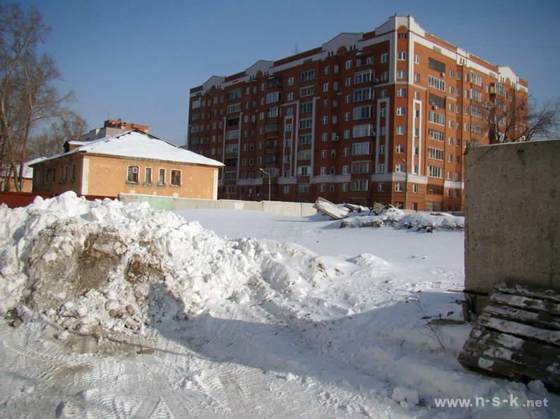 Серафимовича, 26 I кв. 2013