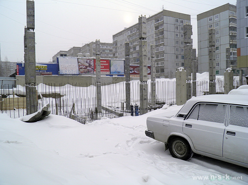 Кропоткина, 130/6 (132 стр) I кв. 2014