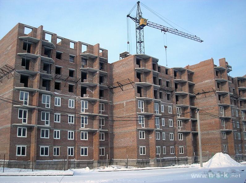 Связистов, 10 (147 стр), жилой дом Три тополя I кв. 2014