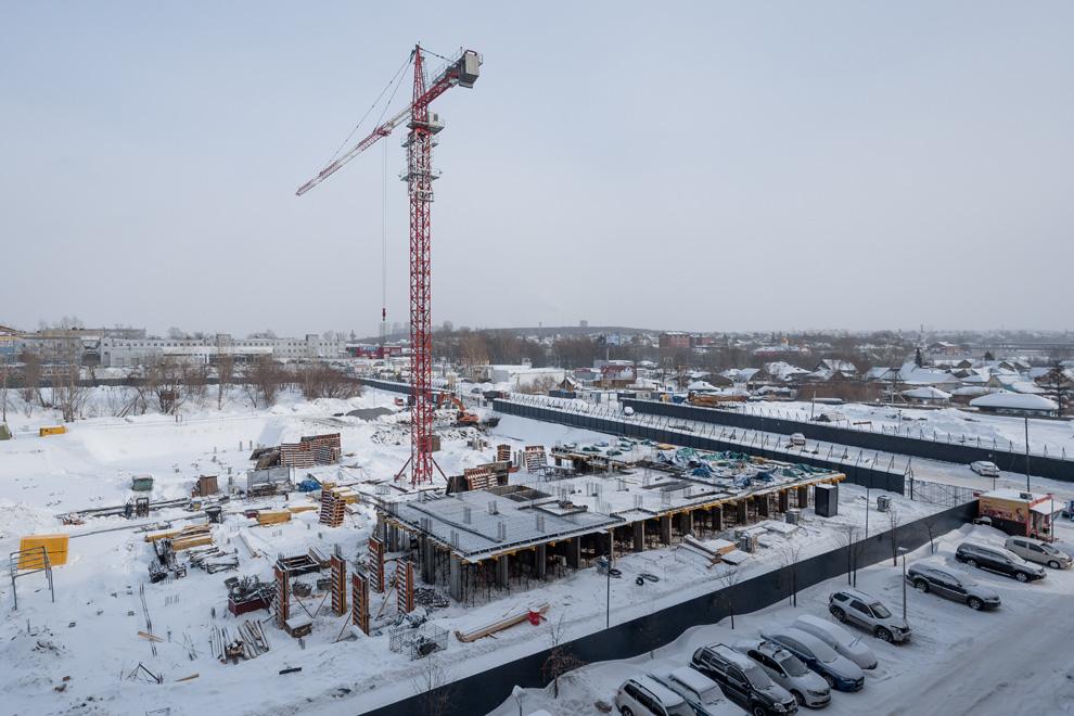 Владимира Заровного, 42 стр фото со стройки март 2021